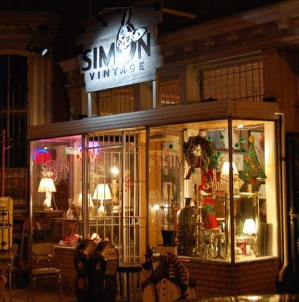 Simon Vintage DC shop